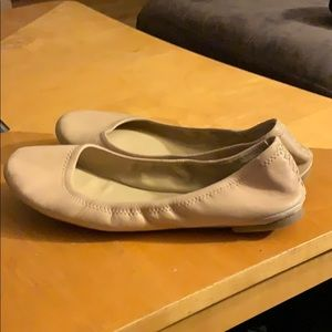 Lucky Brand cream leather flats size 8.5M